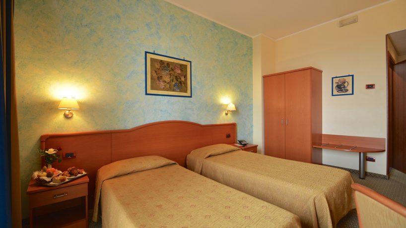 Chambre double avec lits jumeaux - Brindor Hotel ***